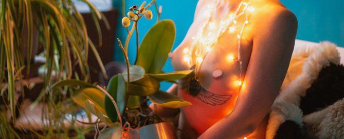 Maria Reverse, bride dress without bride portrait photos photography photographer Umur Dilek Model Maria. Nude portrait.