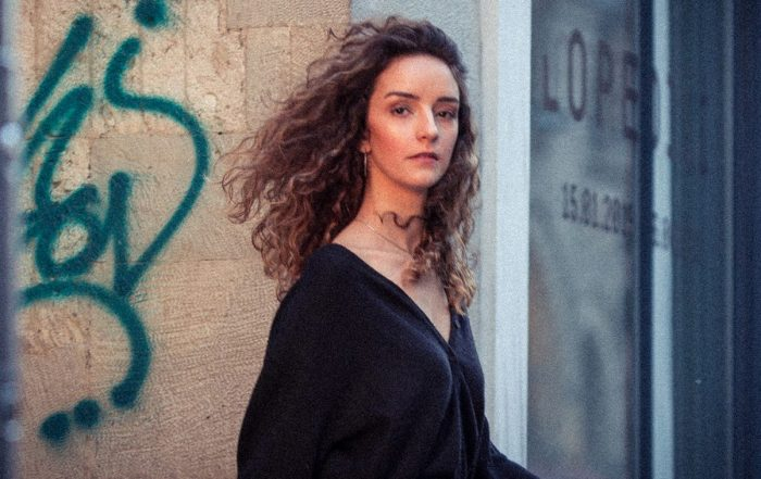 Diversity of the life in Galata streets with Nilsu. Fashion portrait moda portre fotoğraf çekimi fotoğrafçısı