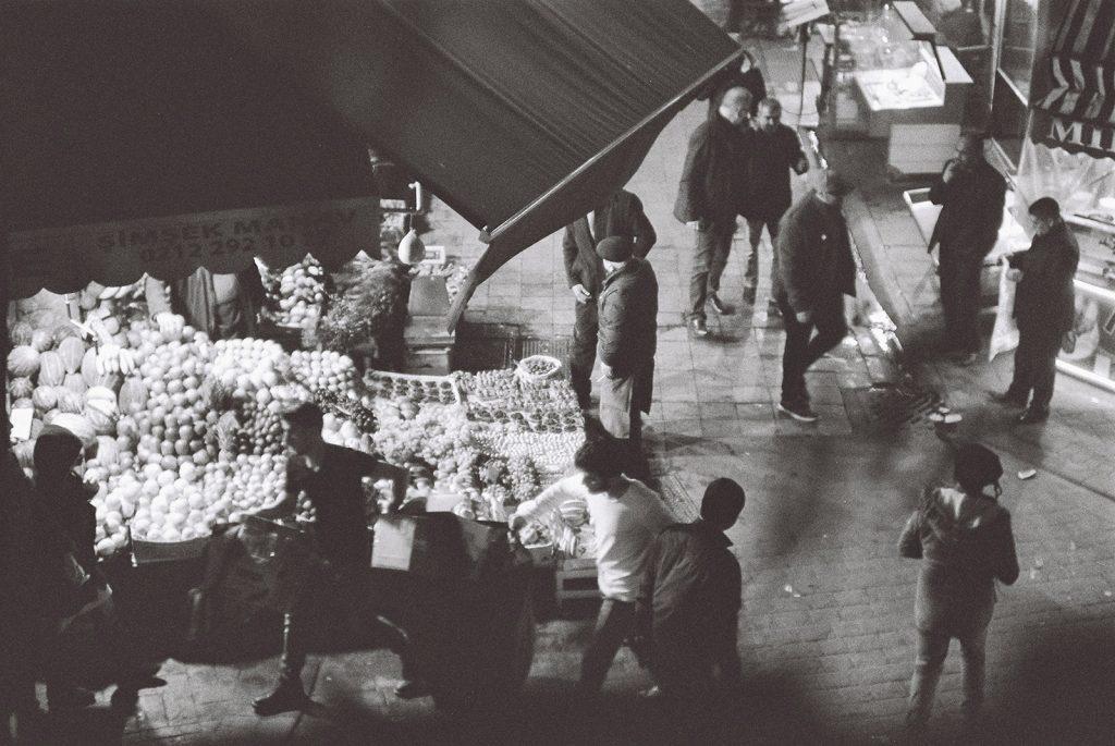 Istanbul Photo Journal #1 January 2019. Photographer: Umur Dilek. Ilford 400 Black & White film. İstanbul fotoğraf günlüğü #1 Ocak 2019 Fotoğrafçı
